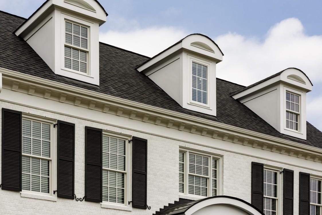 Roofing dormer , how to install a dormer, color dormer, asphalt shingles