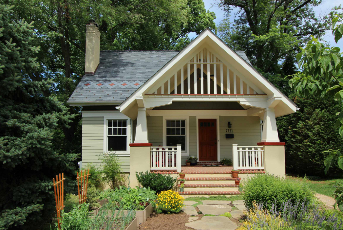Hip roofs and gable style roofs in charlotte north carolina for Craftsman roofing